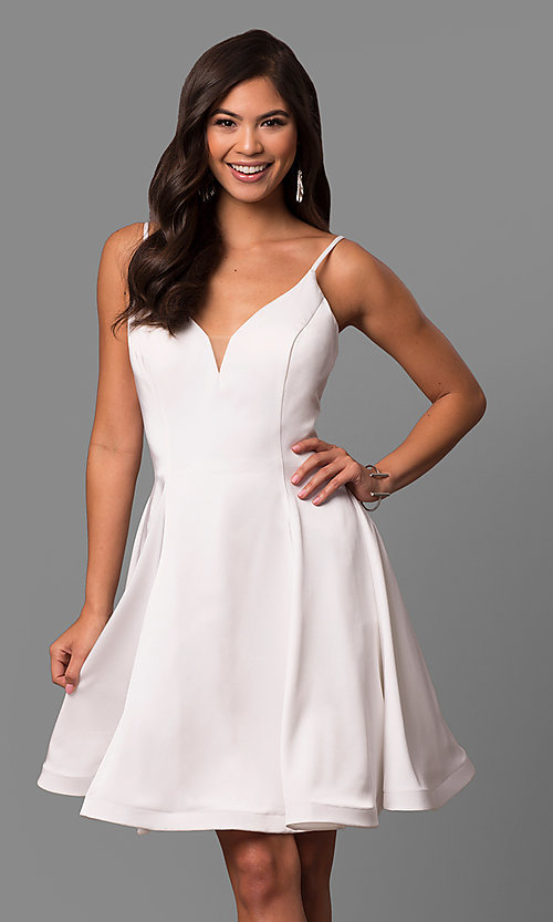 Image of knee-length v-neck party dress by Dave and Johnny. Style: DJ-5404 Front Image