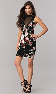 Image of floral-print short party dress with keyhole back.  Style: EM-EXQ-3204-002 Detail Image 1