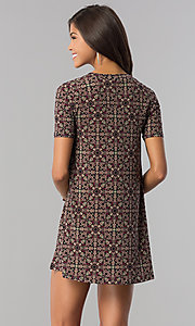 Image of print casual shift party dress with short sleeves. Style: BC-AYY67F00 Back Image