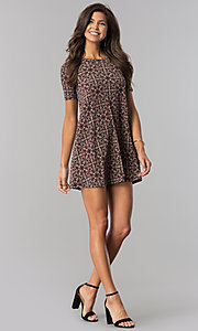 Image of print casual shift party dress with short sleeves. Style: BC-AYY67F00 Detail Image 1