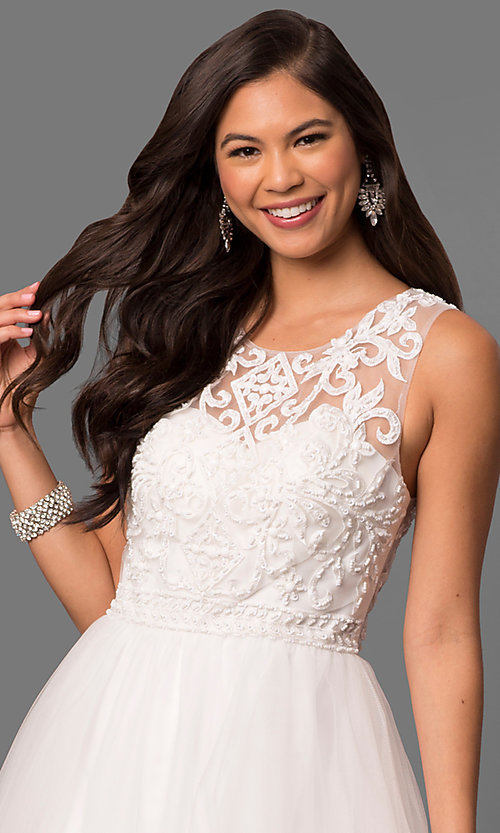 Style: DQ-9889 Detail Image 1