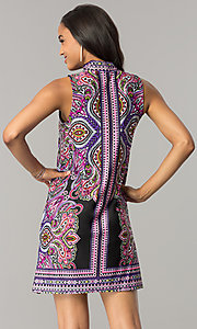 Image of short purple print casual shift dress with cut out. Style: JU-TI-T0021 Back Image