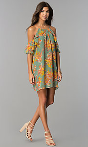Image of short cold-shoulder casual dress with floral print. Style: AS-i459495C05 Detail Image 1