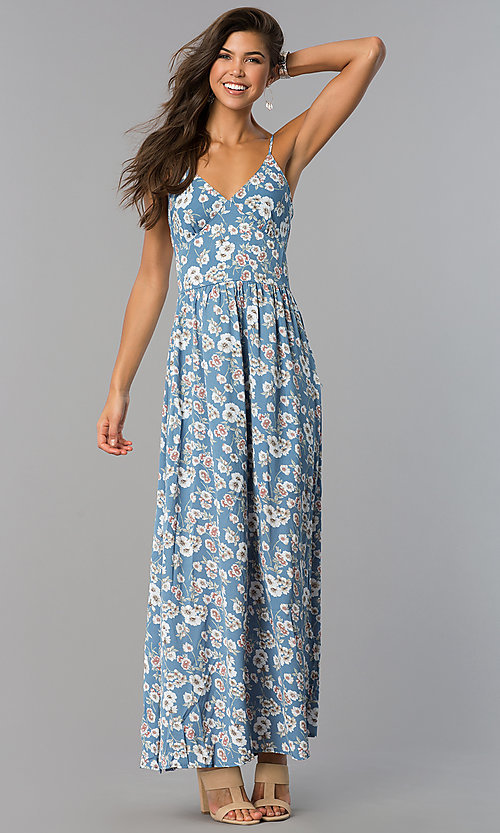 Image of long casual maxi blue dress with floral print. Style: VE-884-211505 Detail Image 2