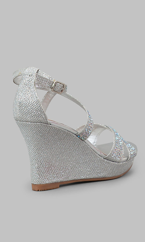 Style: YP-715-Paige Detail Image 2