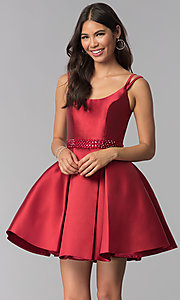 Short Madison James Scoop-Neck Pleated Prom Dress