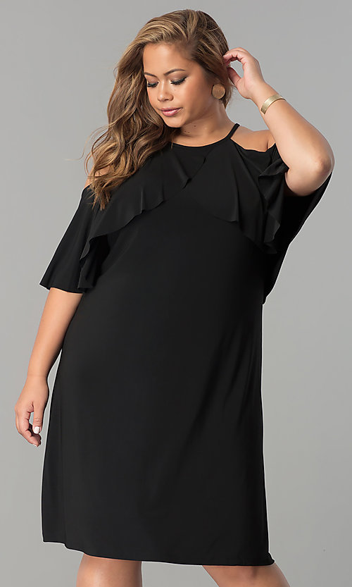 Image of short plus-size wedding-guest dress with sleeves. Style: MO-2068W Detail Image 2