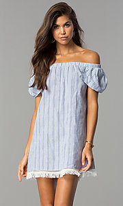 Off-the-Shoulder Casual Shift Dress with Petal Sleeves