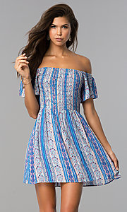 Image of short off-shoulder casual print dress with smocking. Style: VE-888-211157 Detail Image 1