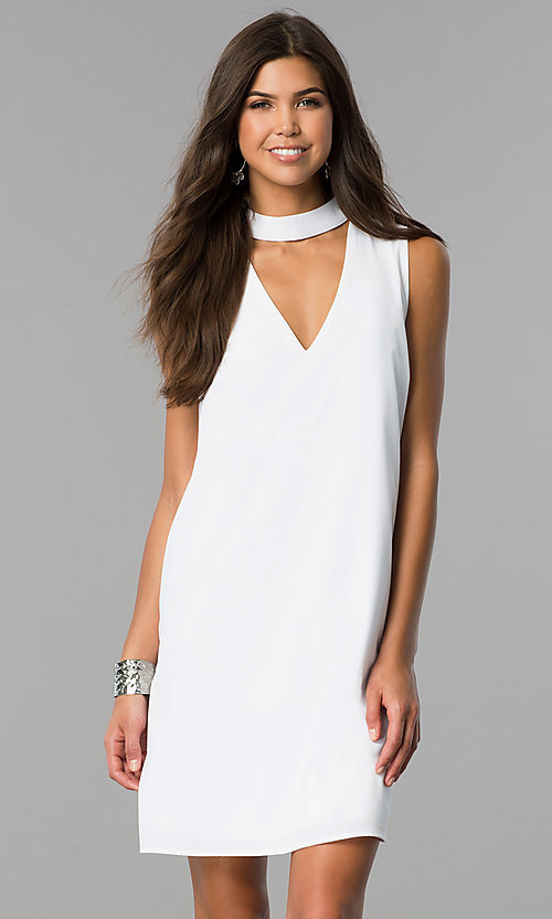 Image of choker-collar casual shift dress with v-neck cut out. Style: XO-9831ANT3 Detail Image 2