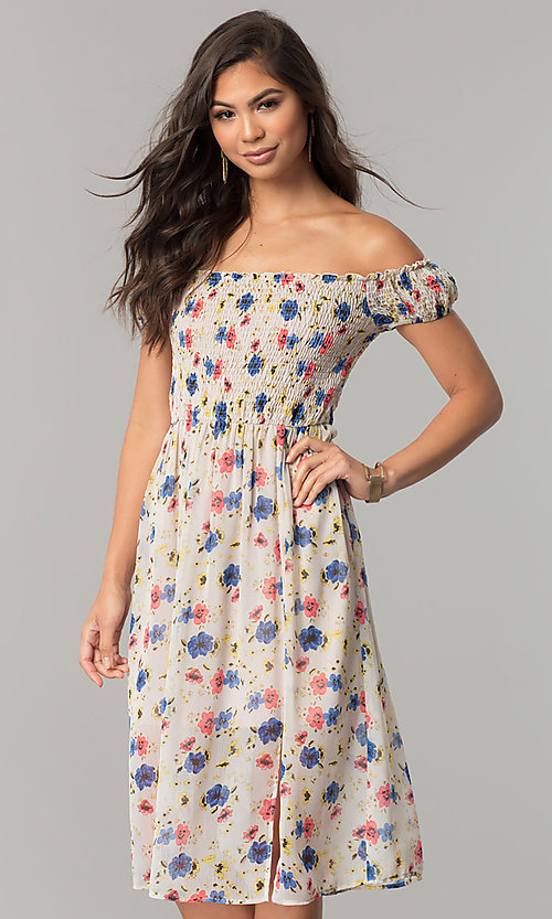 Image of off-the-shoulder floral-print casual chiffon dress. Style: MY-9498YD1D Front Image