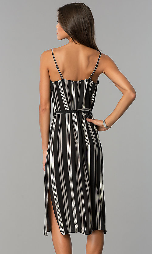 Image of casual knee-length black and white party dress. Style: AS-i434777a42 Back Image