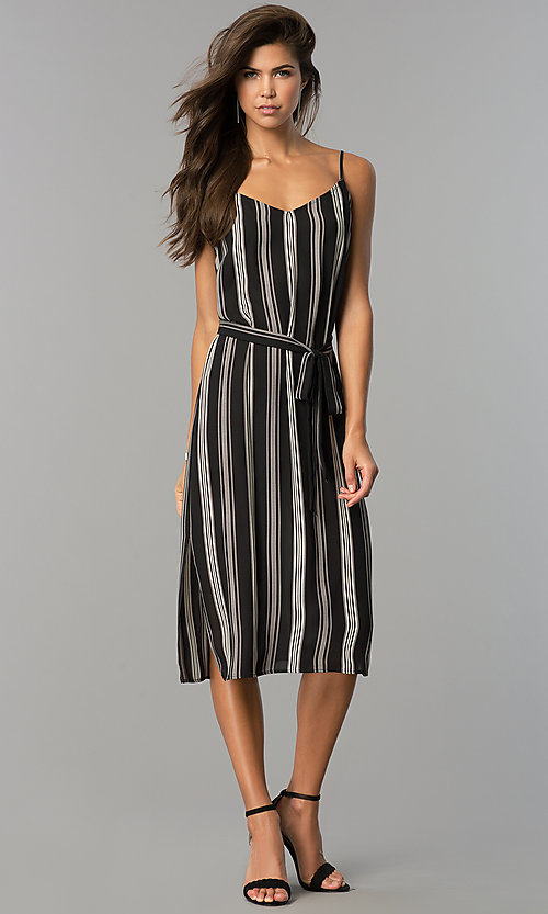 Image of casual knee-length black and white party dress. Style: AS-i434777a42 Detail Image 1