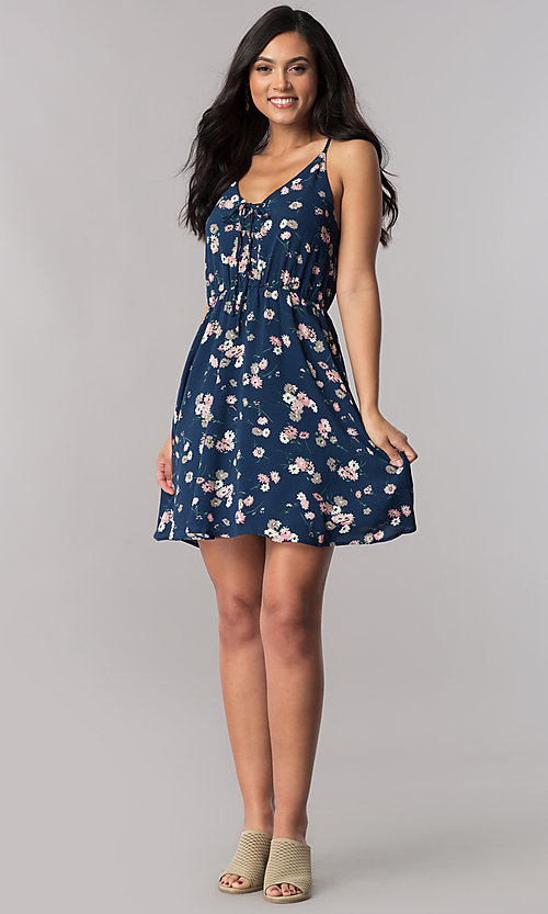 Image of short navy blue casual day dress with floral print. Style: VE-844-211887 Detail Image 1