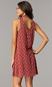 Image of short casual shift dress with clay and ivory print. Style: CT-ALQ-7876C Back Image