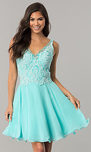 Lace Appliqued V-Neck Short Homecoming Dress