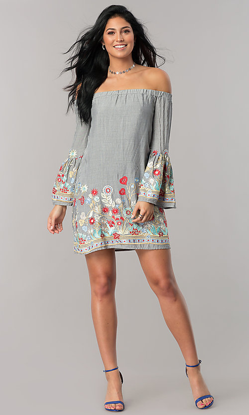 Image of short shift casual dress with long bell sleeves. Style: JTM-JD7815 Detail Image 1