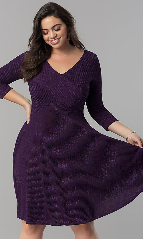 Image of plus-size knee-length party dress with 3/4 sleeves. Style: MB-MX1372 Detail Image 2