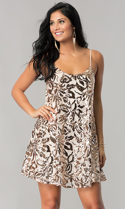 Image of short sequin homecoming dress with adjustable straps. Style: EM-DQR-3281-690 Front Image