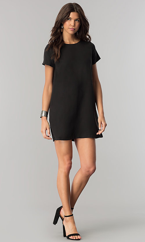Image of short casual shift mini dress with short sleeves. Style: RO-R64644 Detail Image 1