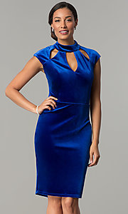 Image of knee-length velvet holiday dress with cap sleeves. Style: JU-MA-264183 Detail Image 2