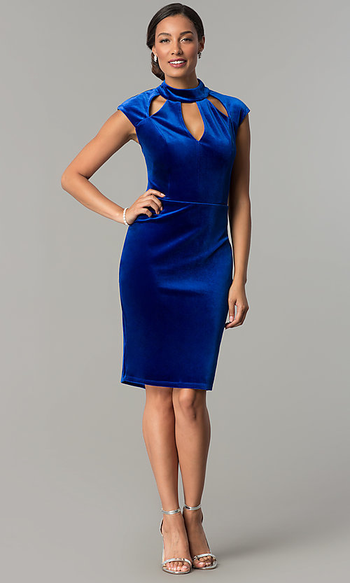 Image of knee-length velvet holiday dress with cap sleeves. Style: JU-MA-264183 Detail Image 3