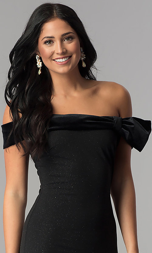 Image of short off-the-shoulder black party dress by Jump. Style: JU-10450 Detail Image 1