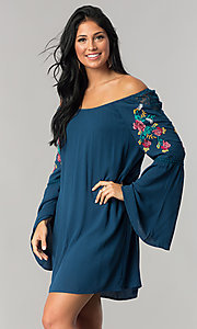 Off-the-Shoulder Casual Shift Dress with Sleeves