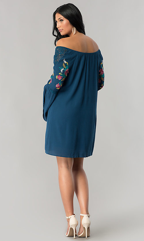Image of off-the-shoulder casual shift dress with sleeves. Style: AS-A7821112 Detail Image 2