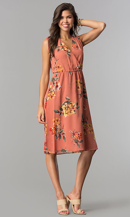 Image of v-neck mock-wrap short casual print dress with ties. Style: AS-I7421D95C99 Detail Image 1