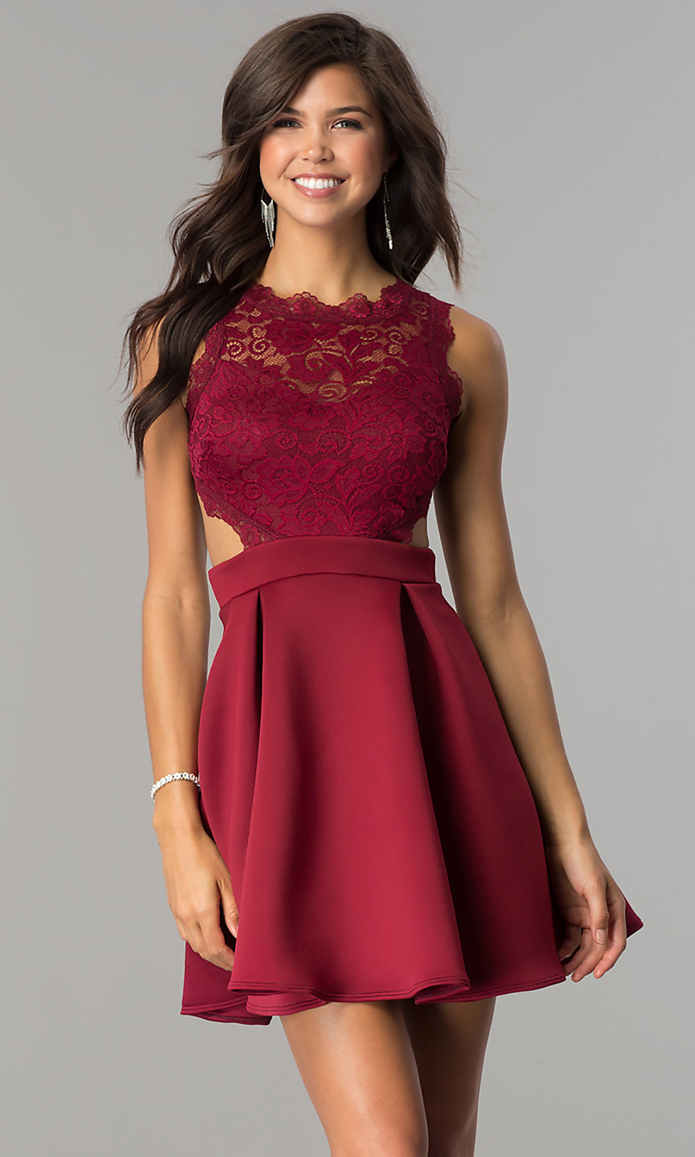 What color shoes do I wear with a Maroon dress? - Quora  Maroon Dress