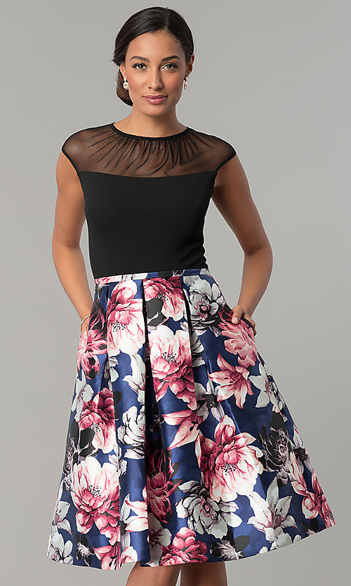 Image of short cap-sleeve party dress with floral-print skirt. Style: SG-SBYQ1582 Detail Image 1