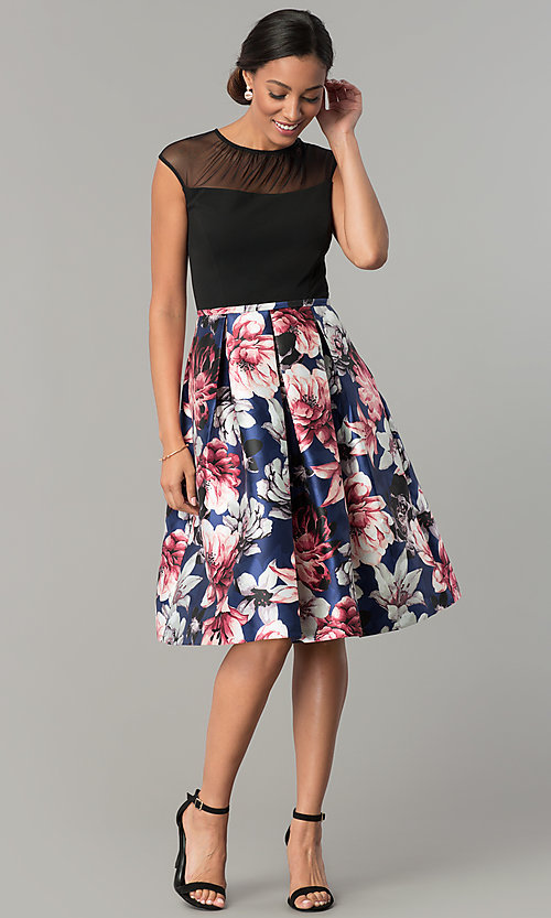 Image of short cap-sleeve party dress with floral-print skirt. Style: SG-SBYQ1582 Detail Image 3