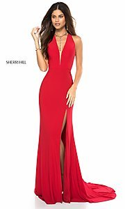 Deep V-Neck Sleeveless Prom Dress with a Train