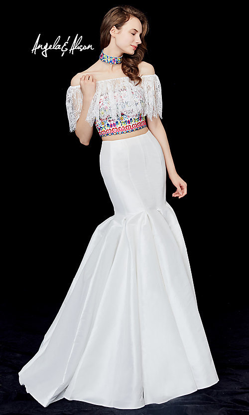Style: AN-72062 Detail Image 2