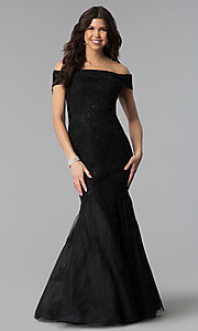 Image of long lace-appliqued Dave and Johnny prom dress. Style: DJ-3377 Detail Image 3
