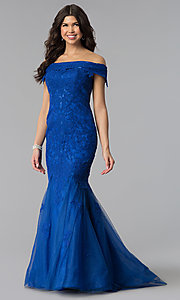 Image of long lace-appliqued Dave and Johnny prom dress. Style: DJ-3377 Detail Image 2