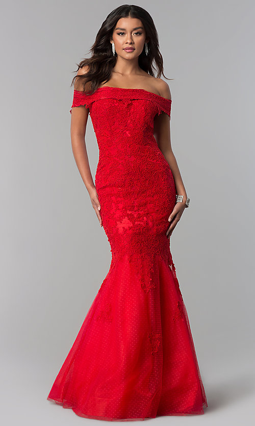 Image of long lace-appliqued Dave and Johnny prom dress. Style: DJ-3377 Front Image