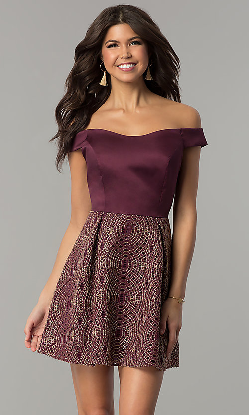 Image of short off-the-shoulder wine purple party dress. Style: JU-10366 Front Image