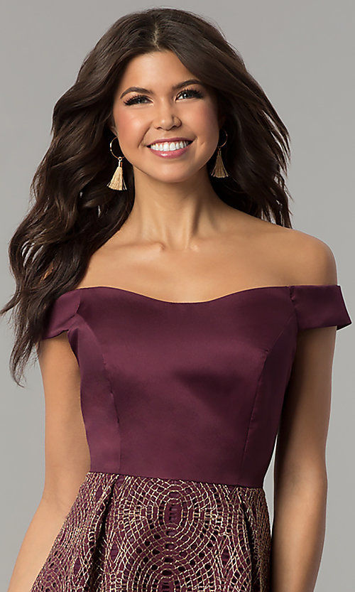 Image of short off-the-shoulder wine purple party dress. Style: JU-10366 Detail Image 1