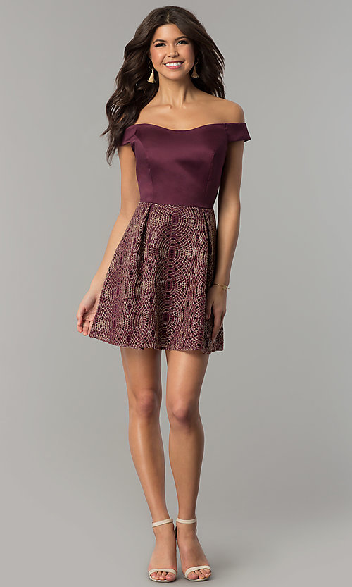 Image of short off-the-shoulder wine purple party dress. Style: JU-10366 Detail Image 3