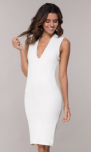 Short V-Neck Party Dress with Crossing Back Straps