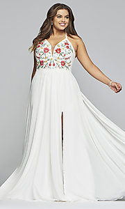 Image of chiffon plus-size prom dress with embroidered bodice. Style: FA-9435 Detail Image 3