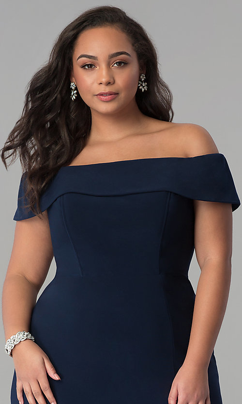 Image of long off-the-shoulder plus-size Faviana prom dress. Style: FA-9441 Detail Image 5