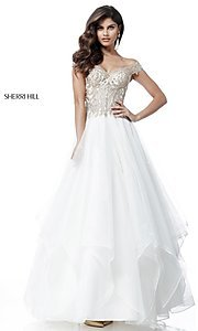 Off-the-Shoulder Sherri Hill Prom Dress with Applique