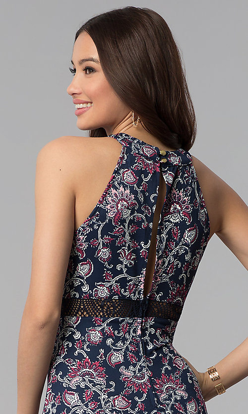 Image of long paisley-print maxi casual dress. Style: EM-COU-3622-435 Detail Image 2