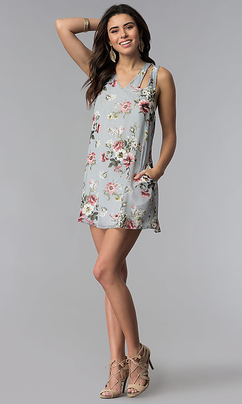 Image of short floral-print navy party dress with pockets. Style: SS-JA92462CC95 Detail Image 3