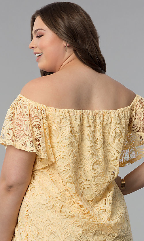 Image of shift off-shoulder plus-size short lace party dress. Style: JU-TI-T91056 Detail Image 2