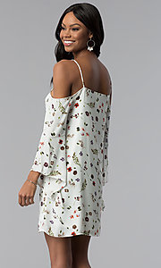 Image of angel-sleeve off-the-shoulder print casual dress. Style: RO-R67339-1 Back Image
