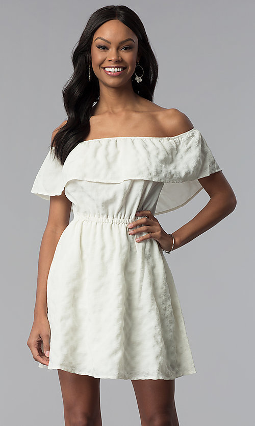 Image of short white off-the-shoulder party dress. Style: RO-R67296 Front Image
